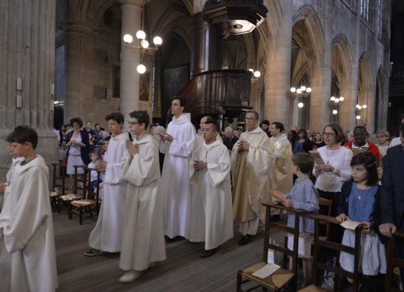 Entrer dans la messe