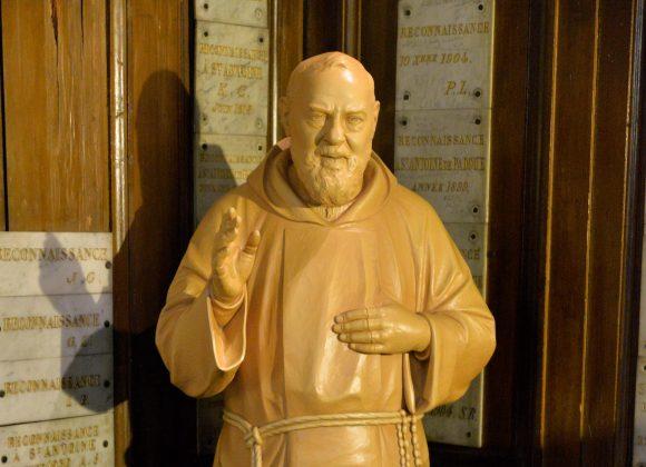 Bénédiction statue Padre Pio (Photos + vidéo)