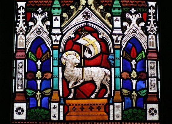 « Voici l'agneau de Dieu qui enlève le péché du monde »